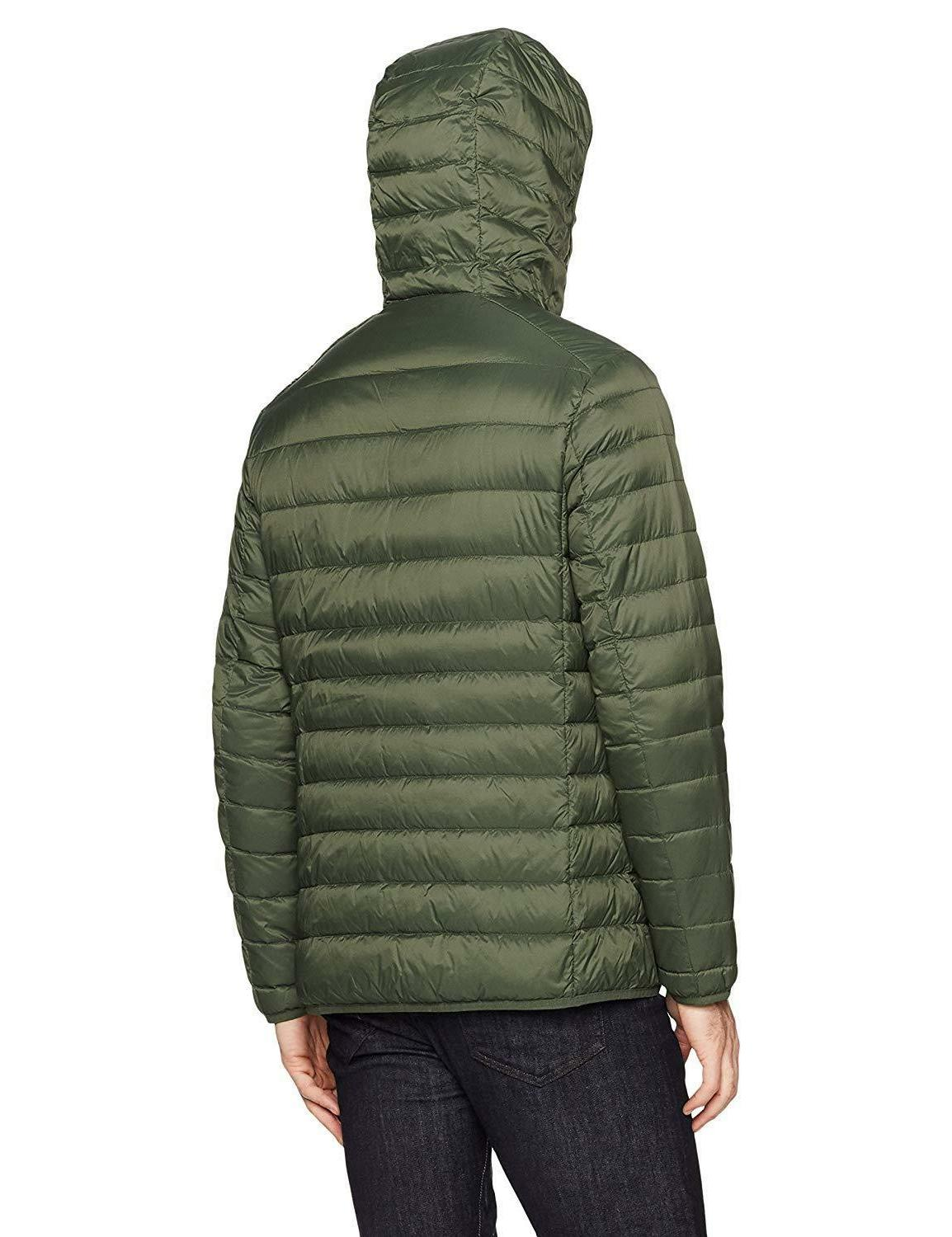 Amazon Essentials Water-Resistant Packable Hooded Jacket